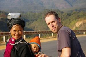 Rencontre magique d'une montagnarde dans le nord du Vietnam